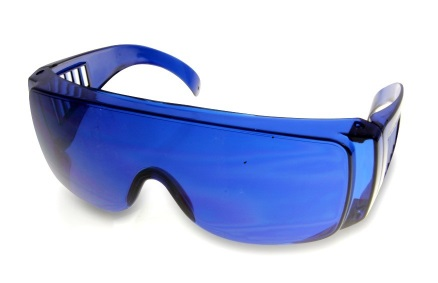 Golf Ball Finder Glasses help you see the ball in flight and in the rough.